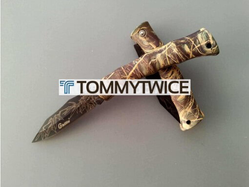 Folding knife with Ghillie / Camouflage Handle